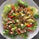salade met kruidige kip